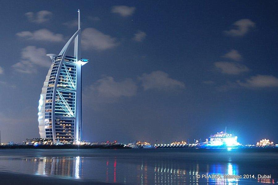 Platan: Intersec 2014 exhibition, Dubai, United Arab Emirates